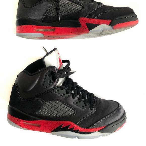 separation shoes 756d3 0ff3f Air Jordan Retro 5 Black/University Red